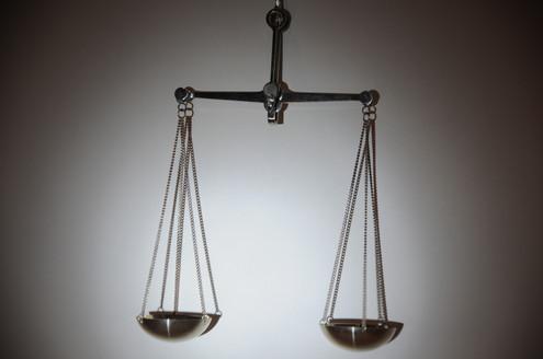 balance-scale_4